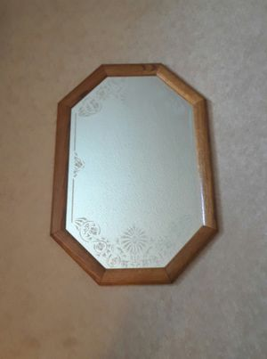 Floral etched wall mirror for Sale in Upland, CA