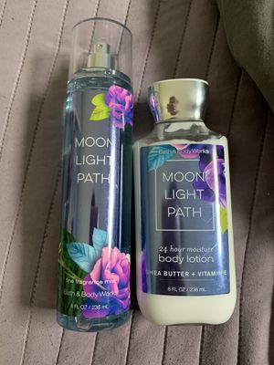 BATH AND BODY WORKS SET for Sale in Parma, OH