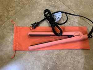 Amika hair straightener NEW! for Sale in El Cajon, CA