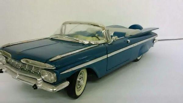1959 Chevy Impala - Scale Model Car 1:18 -