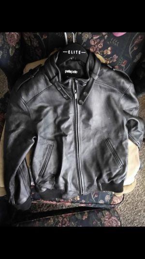 Women's Pelle Pelle leather jacket for Sale in Detroit, MI