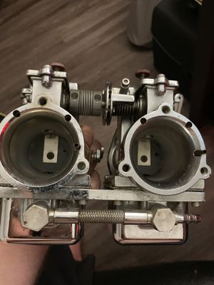 Harley Davidson qwik silver edelbrock 2 carburetor for Sale in Arlington, TX