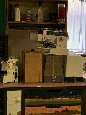 Singer, White, Kenmore sewing machines for Sale in Stockton, CA