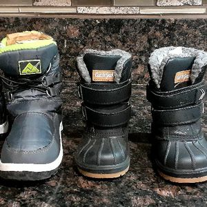 SNOW BOOTS Kids $21.00 for Sale in Santa Ana, CA