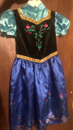 Anna frozen costume size 3-4T / disfraz de niña talla 3-4T for Sale in Chicago, IL