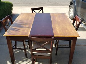 Large, tall table with 4 tall chairs for Sale in San Diego, CA