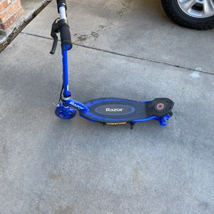 Razor Scooter for Sale in Englewood, CO