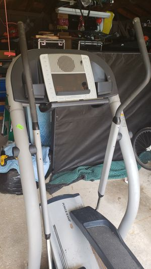 NICE ELLIPTICAL for Sale in North Randall, OH