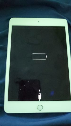 IPad mini for sale $150 with case for Sale in Los Angeles, CA