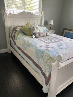 Bedroom Set  for Sale in Boca Raton, FL