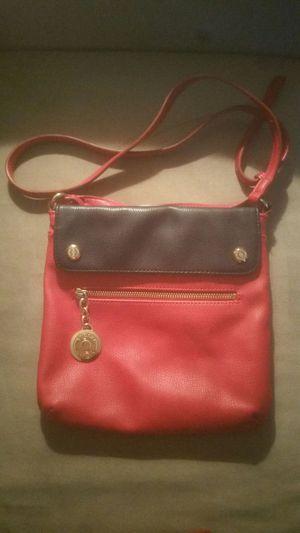 Tommy Hilfiger Cross Bag Set for Sale in Las Vegas, NV