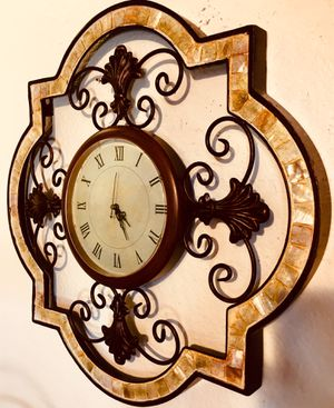 Beautiful metal shell wall art clock H20xW20 inch for Sale in Sun Lakes, AZ