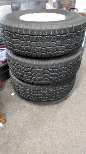 Great condition *LikeNew TIRES 31x10.5 radial a/s for Sale in Sebastian, FL