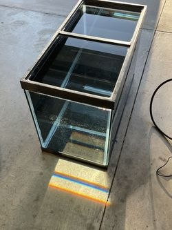 65 Gallon Aquarium W/ Stand and accessories . for Sale in Ontario,  CA
