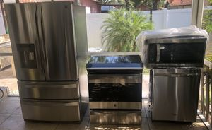 For sale stainless steel kitchen set for Sale in Tampa, FL