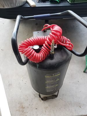 Air tank with hose $30 for Sale in Laveen Village, AZ