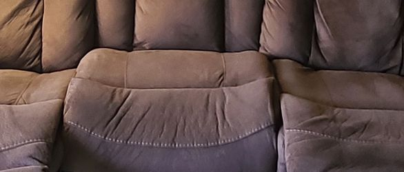 Recliner Sofa Set And Love Seat (Under Warantee) for Sale in Redwood City,  CA