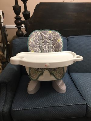 Fisher Price Booster Seat for Sale in Mineral Wells, MS