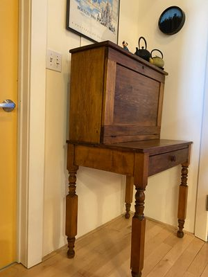 Lovely mid 19th century writing desk for Sale in Boston, MA