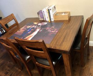 Extendable Dining Table + 6 Chairs (7 piece set) for Sale in Mountain View, CA