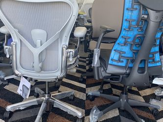 BRAND NEW HERMAN MILLER REMASTERED POLISHED ALUMINUM AERON CHAIR FULLY LOADED WITH POLISHED ALUMINUM BASE/ARMS LEATHER ARM PADS for Sale in Huntington Park,  CA