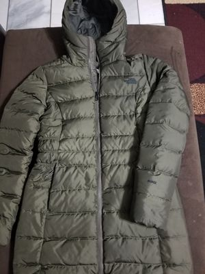 New north face gothan ii parka for Sale in Phoenix, AZ