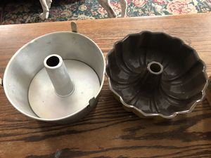 Bundt & Angel food cake pans for Sale in Schenectady, NY