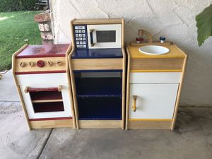 Play set kitchen (wood) for Sale in Sanger, CA