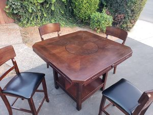 High Back Kitchen/Dining Table for Sale in Tustin, CA