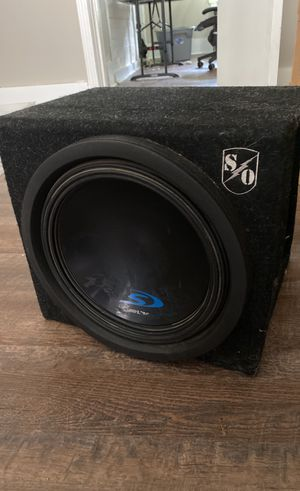 Subwoofer and amplifier for Sale in Knoxville, TN