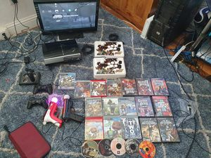 PS3 60GB BACKWARDS COMPATIBLE LOT for Sale in Modesto, CA