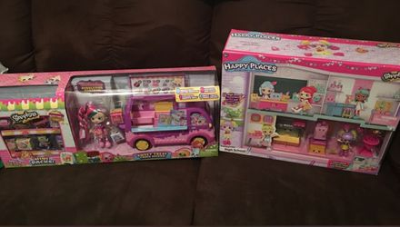 Shopkins happy palaces sets and deluxe truck both sets for Sale in Fall River,  MA