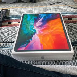 iPad Pro 12.9 256GB for Sale in Portland,  OR