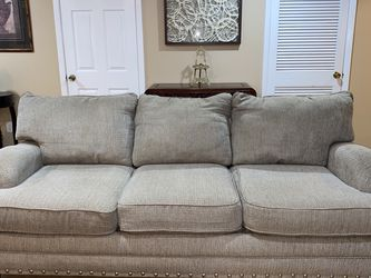 Couch for Sale in Feasterville-Trevose,  PA