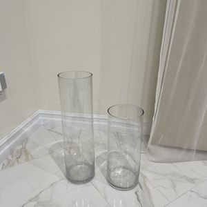 2 Modern Matching Clear Vases for Sale in Glendale, CA