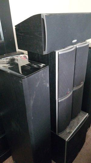 Polk audio surround sound speaker set.. with wires for Sale in Fresno, CA