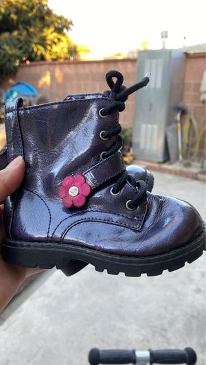 Toddler boots for Sale in Los Angeles, CA