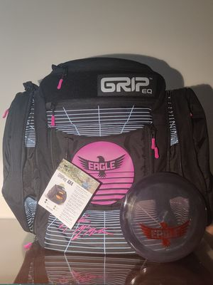 New Disc Golf Grip EQ AX4 Eagle McMahon Backpack with C-Line DD2 for Sale in Hanover Park, IL