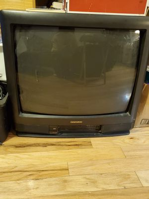 """Daewoo 19"""" TV for Sale in Colonial Heights, VA"""