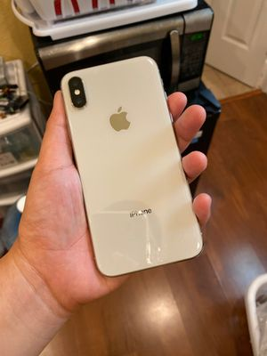 Iphone X 256GB (for part) unlocked but dead, Just can't turn on. I bought a new iphone pro max so let it go as part. for Sale in San Jose, CA