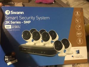 Swann security cameras 8 cameras 8 channels for Sale in Dallas, TX