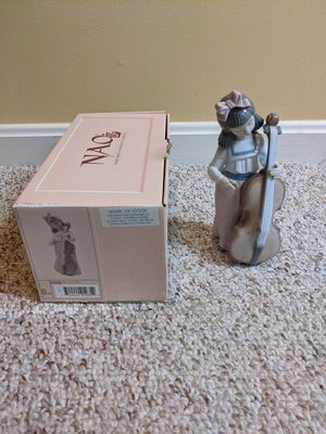 "Llrado Porcelain Figurine, ""Nina Violonchello"" for Sale in Bel Air, MD"