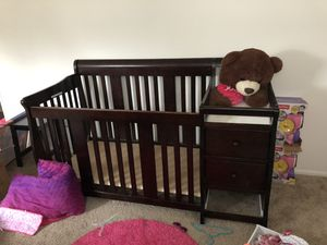 Baby crib 4 n 1 for Sale in Severn, MD