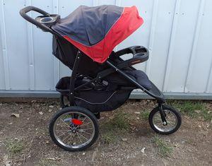 Graco jogging stroller for Sale in Wichita, KS