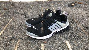 Nike Prestos black for Sale in Pasadena, CA