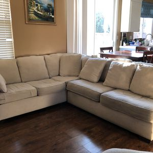 FREE 3 piece sectional sofa for Sale in Brentwood, CA