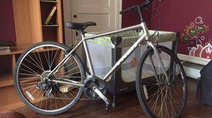 Trek fox series hybrid road bike (tall) for Sale in Murfreesboro, TN