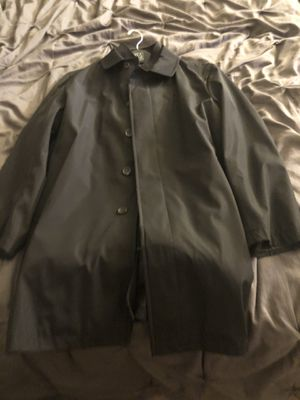 Brand New Authentic Jos. A. BANK size 42R Double Collar Raincoat for Sale in Las Vegas, NV