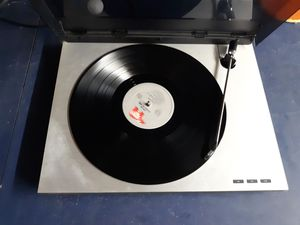 Bang and Olufsen BEOGRAM RX 2 Turntable for Sale in Newport News, VA