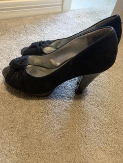 Women's heels open toe size 6.5 for Sale in Buckeye,  AZ